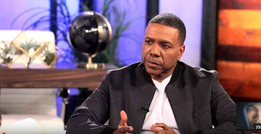 """Street Fights"" Your World with  Creflo Dollar"