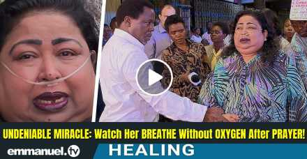 UNDENIABLE MIRACLE: Watch Her BREATHE Without OXYGEN After PRAYER! - TB Joshua Ministries (September-21-2020)